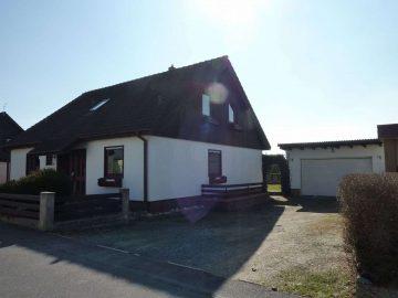 Günsitge Heizkosten!!! Modernisiertes Wohnhaus mit großer Garage und mit herrl. Fernblick, 92703 Krummennaab, Einfamilienhaus