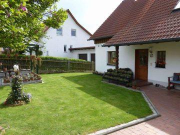 Top gepflegt und modernisiert!!! Tolles EFH mit Wintergarten, Garage und schönem Garten, 92548 Schwarzach, Einfamilienhaus
