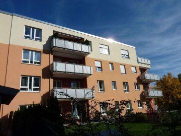 Energetisch hochwertig gebaute 3 1/2 Zi.- Neubauwohnung in stadtnaher Lage, mit Solar und Wärmepumpe, 92637 Weiden, Etagenwohnung