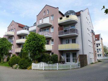 Moderne 2 Zi.-ETW mit gr. Balkon und Carport, Stadtteil Drehscheibe, nähe Krankenhaus, 92637 Weiden, Etagenwohnung