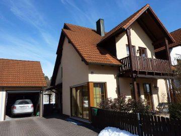 Nur Einziehen!!! Moderne Doppelhaushälfte mit toller Aufteilung, Garage und neu angelegten Garten, 92637 Weiden in der Oberpfalz, Doppelhaushälfte