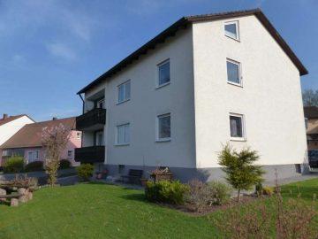 Für Eltern und Kinder!!! Gepflegtes Wohnhaus mit zwei Wohnungen, nähe Neustadt, 92715 Püchersreuth, Mehrfamilienhaus
