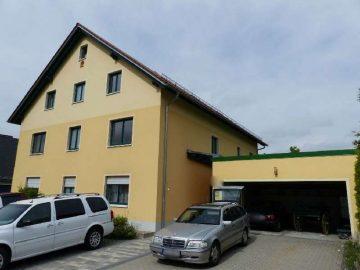 Eigennutzung oder Rendite!! Neuwertiges 3 Fam.-Haus mit Doppelgarage und Dachterrasse, 92711 Parkstein, Mehrfamilienhaus