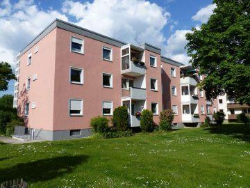 Achtung!!! Günstige 4 1/2 Zi.- Eigentumswohnung im 1. OG mit Balkon, im Stadtteil Hammerweg, 92637 Weiden, Etagenwohnung