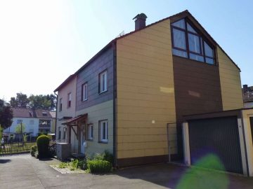 Achtung!!! Großzügige Doppelhaushälfte in Weiden-West mit modernisierter Heizung und Garage, 92637 Weiden, Doppelhaushälfte