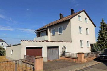 Potenzial vorhanden! Freistehendes Ein- oder Zweifam.-Haus mit ausgebautem DG und zwei Garagen, 92718 Schirmitz, Mehrfamilienhaus