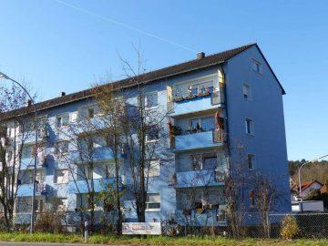Top renoviert!!! Gepflegte 2 Zi.-ETW mit Stellplatz und Balkon, sofort frei, 92637 Weiden, Etagenwohnung