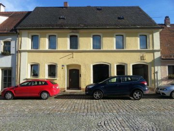 Innenstadtlage Grafenwöhr!! Wohnhaus mit Ladeneinheit, Nebengebäuden und Innenhof, 92655 Grafenwöhr, Einfamilienhaus