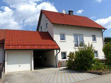 Familien bevorzugt!!! Ansprechendes Wohnhaus mit Garage, Carport und Gartenhaus mit Freisitz, 92721 Störnstein, Einfamilienhaus