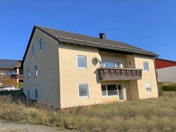 Handwerker gesucht! Günstiges Ein- oder Zweifam.-Haus mit unterkellerter Garage, 92676 Speinshart, Einfamilienhaus