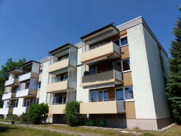 Optimal gelegen, im 1. OG!!! TOP renovierte 3 Zi.-ETW mit Balkon und schöner Aussicht, sofort frei, 92637 Weiden, Etagenwohnung