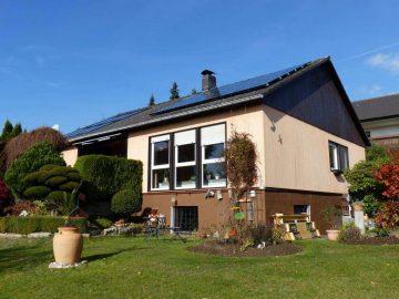 Top gepflegt!!! Bungalow in ruhiger Lage, mit Garage, Solar- und Photovoltaikanlage, 92705 Leuchtenberg, Einfamilienhaus