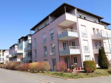 Aufgepasst sofort bezugsfrei! Ansprechende 2 Zi.-ETW mit Terrasse und Tiefgarage, 95030 Hof, Erdgeschosswohnung